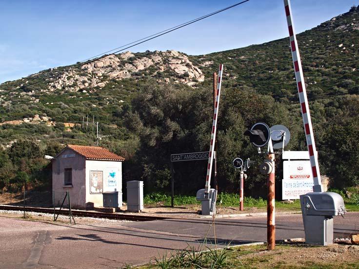 Gare de Sant'Ambroggio près camping Corse