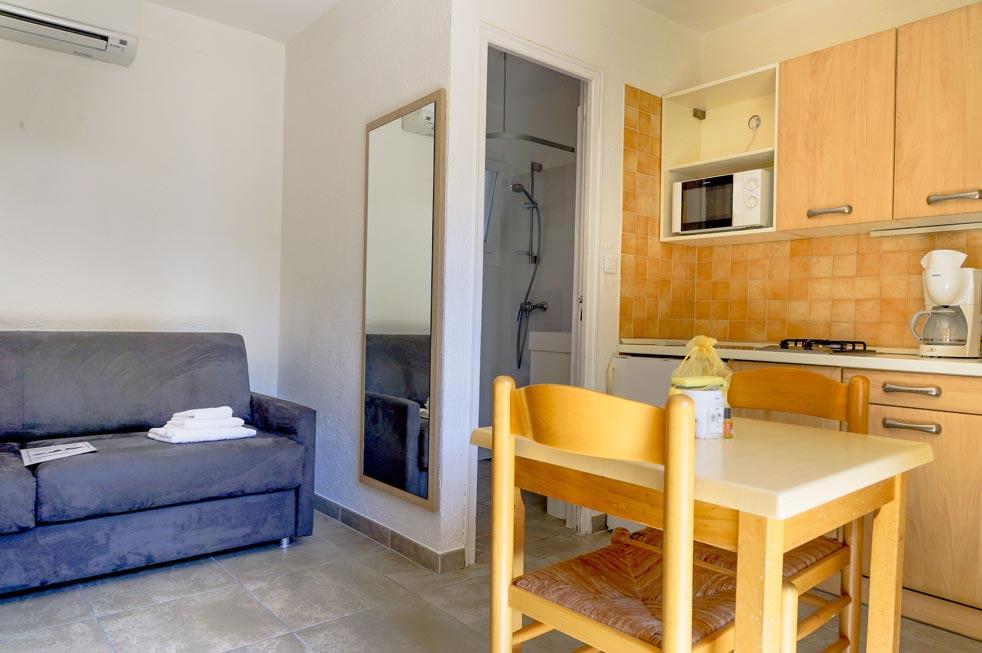 Studio type 1 cuisine camping Corse