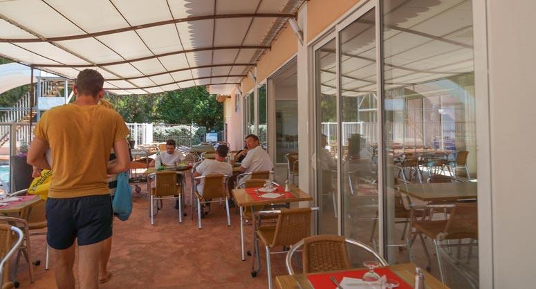 accueil resto camping Corse
