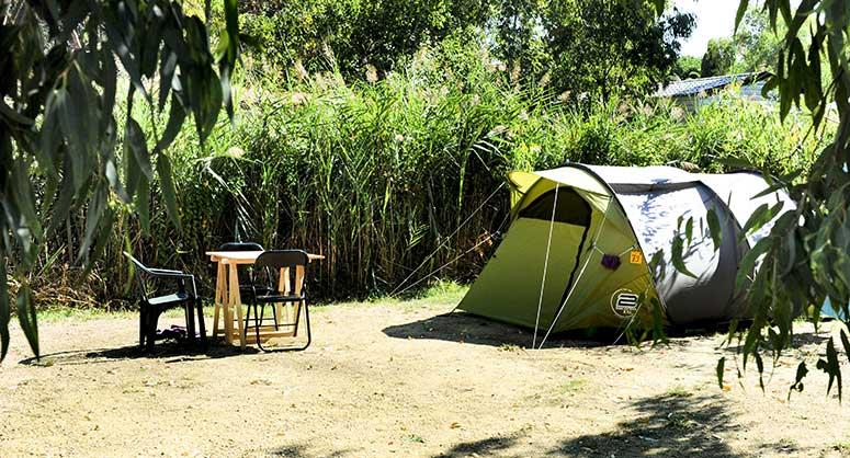 camping corse hébergement castor caravane tente
