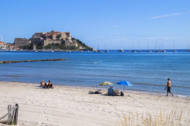 vue de la plage près camping Castors