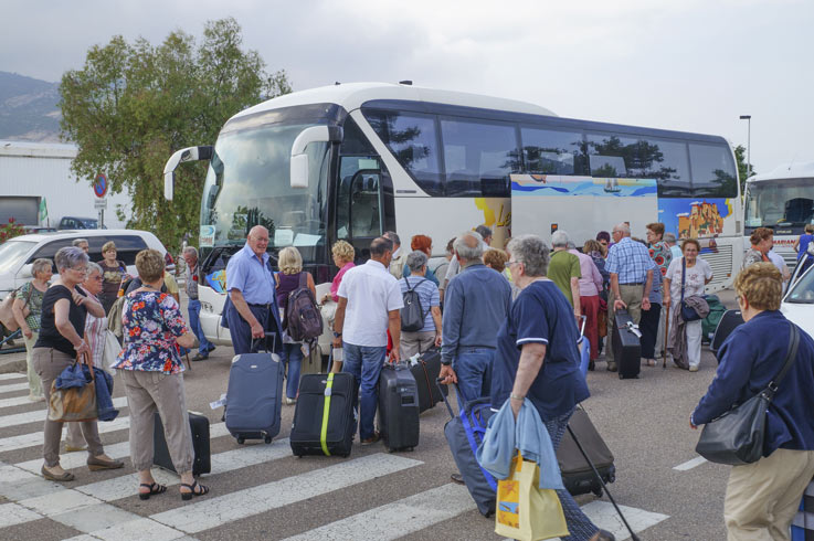 groupe ce bus camping Corse