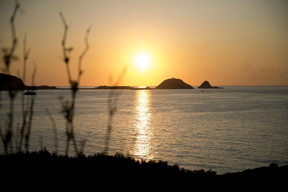 île rousse coucher du soleil camping castor