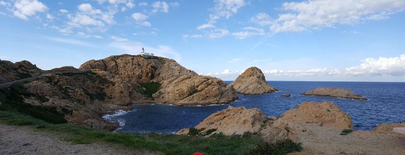 lighthouse île rousse alentour camping Castors