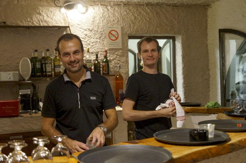personnel resto camping Corse