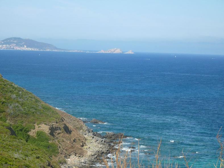 vue sur mer près camping Corse